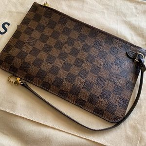 LV NEVERFULL MM POUCH